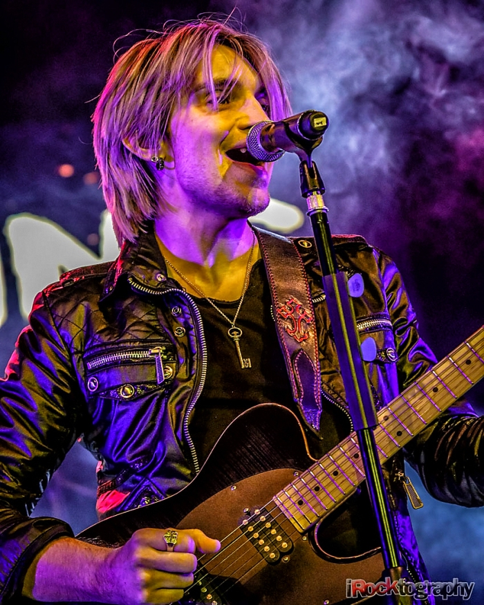 Alex Band and the Calling, live in Manila...